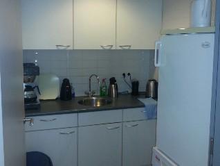 Pantry-Keuken kantoorruimte Hoofdweg
